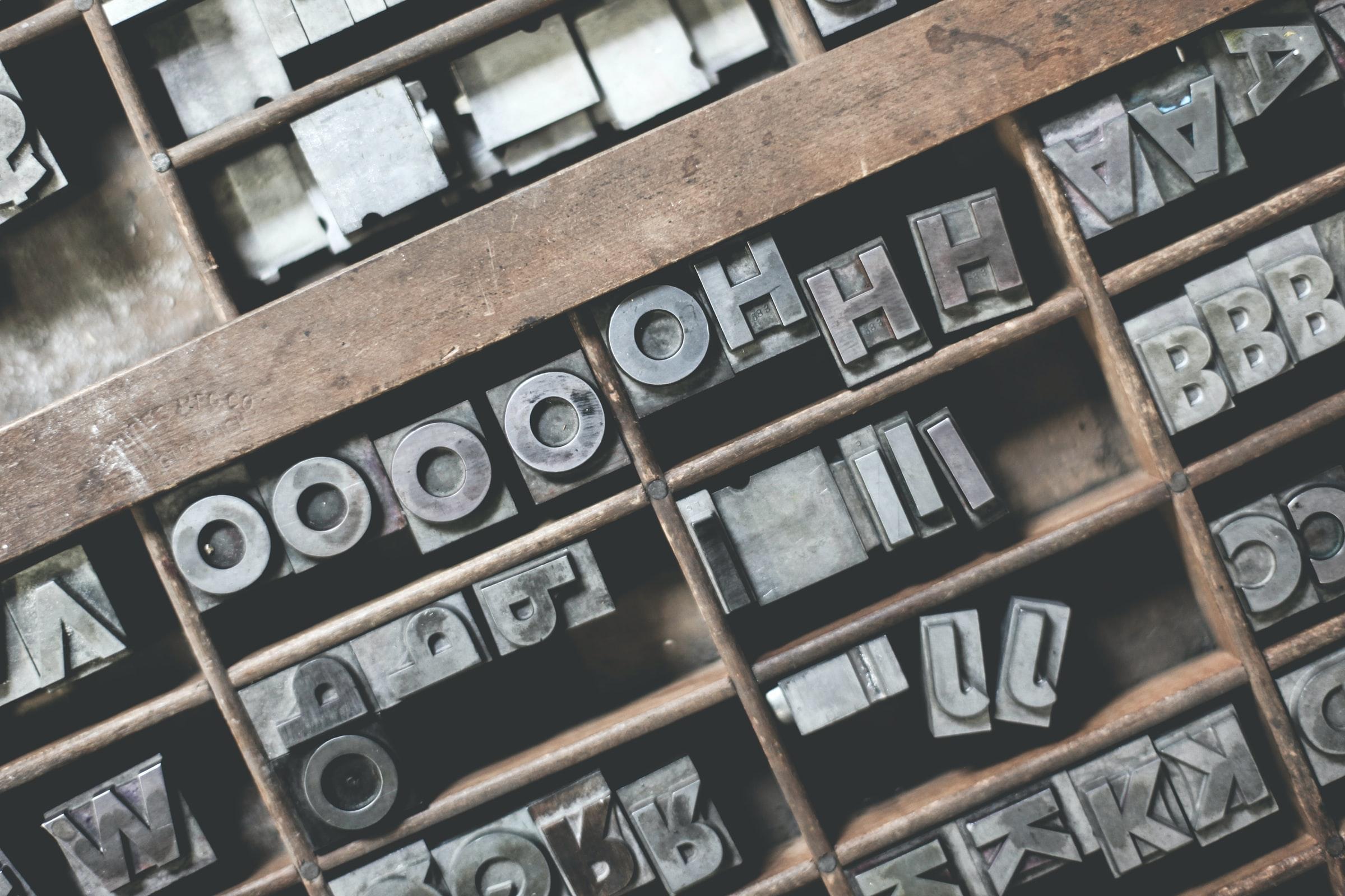 theme-template-wordpress-wp-gratuit-entièrement-ultra-personnalisable-portfolio-2020-free-premium-minimaliste-telecharger-collection-font-police